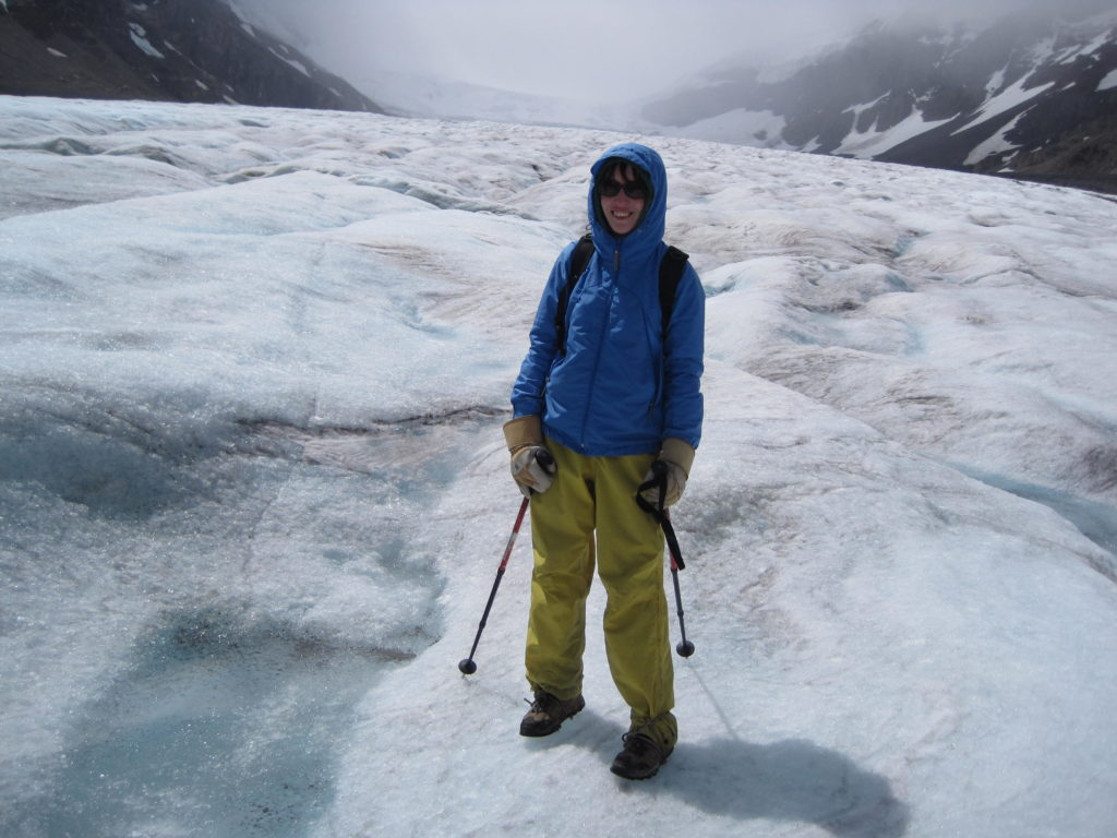 hiking-the-columbia-glacier-in-the-canadian-rockies